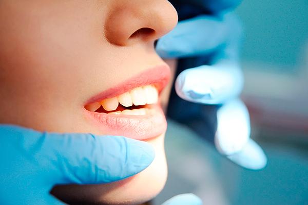 Dentista Madrid experto en ortodoncia y cirugía ortognatica. Instituto Dental Doctor Carreño